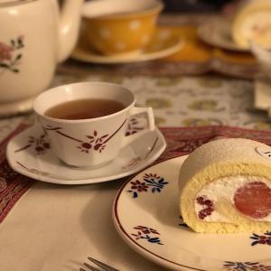 Dassai-Robuchonのパンが好き。ロールケーキも。