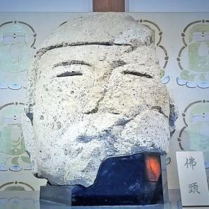 日本最古の石仏が安置されるボタン寺・石光寺/毎日新聞「やまと百寺参り」第32回