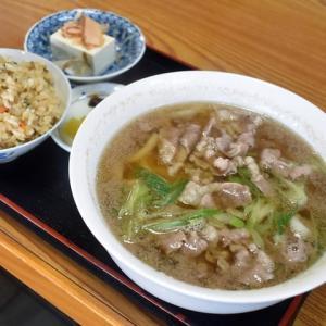 中井食堂(奈良市窪之庄町)、肉うどんとかやくご飯で630円!/昭和レトロ食堂(2)