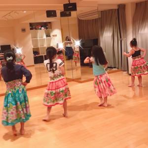 立川 小学生フラダンス!