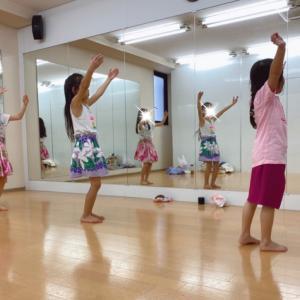 渋谷 キッズ ダンス!小学生タヒチアン!