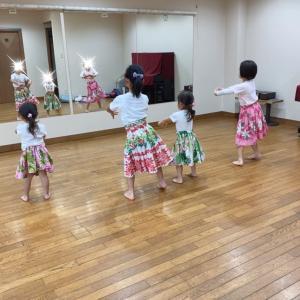 新百合ヶ丘 ケイキフラ!幼稚園、小学生のフラダンス