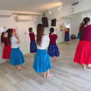 渋谷ワヒネフラ!フラダンス教室!