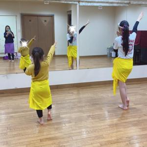 新百合ヶ丘 小学生タヒチアンダンス!