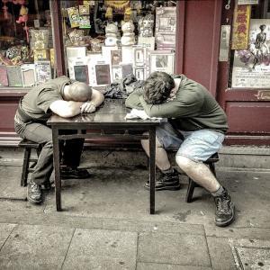 ◆「やらなきゃいけないのに眠い」の原因。