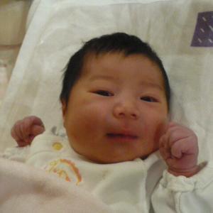 初孫誕生、おめでとうございます。
