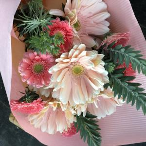 友だちにお花を