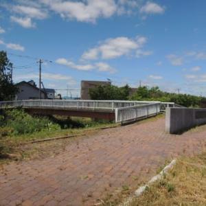 恵庭市 野外彫刻 茂漁川河川緑地