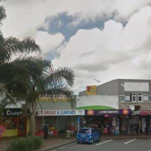 Auckland、2019年10月17日8時の天気は