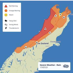 Auckland、2021年7月17日8時の天気は