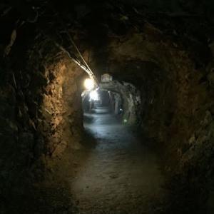 第二次世界大戦の遺跡~松代象山地下壕