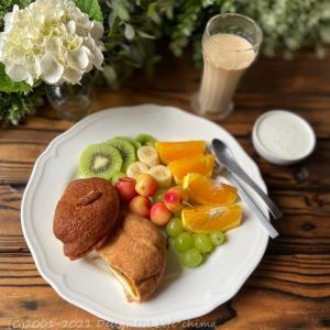 フルーツたっぷりプモーニングプレート・鯖の味噌煮~食事記録