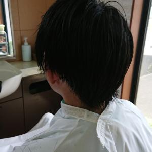 メンズのツーブロック✂️直毛は浮きやすいので注意