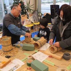 富山の竹で門松を作ろう(教室風景)