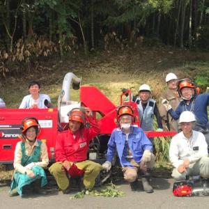 バンブー活動報告!竹林整備伐採・竹チップ敷き詰めならし作業しました。