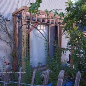 バラの庭づくり・パーゴラの作り替え(アイアンフェンス付)。 町田市のガーデンより