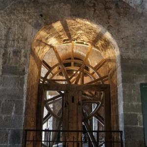 中層から下層、そして外界へ ~パリ・モンサンミッシェル旅行記⑨