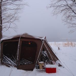2018 -19 猪苗代湖で年越し雪中キャンプ