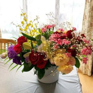 夫が貰って来た花束