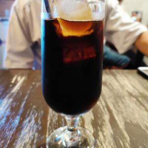 二連発でホーチミン市に遠征して営業活動ですッ!!!超高級コーヒー飲んで頑張っちゃいますよ!普段食べれない日本人街のランチも楽しみなんですよ!帰りに雨さえ降らにゃきゃねえ…の巻