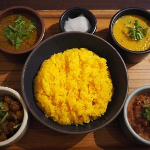 野菜の味わいを楽しむカレーと副菜  ハブモアカレー@表参道