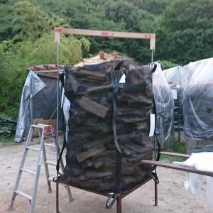 広島県廿日市市で薪ストーブ用の薪を販売しています。