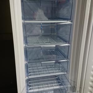 凍らせるぞ~!楽しみにしていた冷凍庫が届いた!
