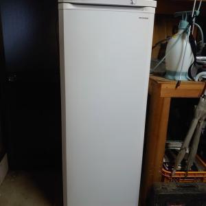 息子の運転で薪仕事したのとフリーザー冷凍庫で食糧備蓄
