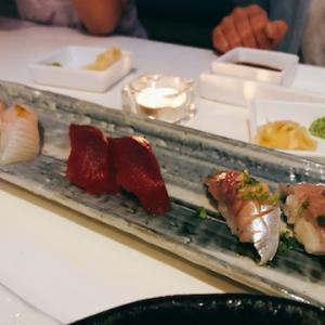 お寿司でお祝い。