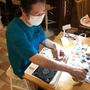 2020年8月屋久杉富士溶岩を使った天然石ブレスレット作り体験が7周年を迎えます