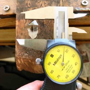 ものづくりには0.01mmまで正確に測れる良いノギスが必須です