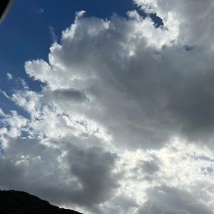 雲は流れて