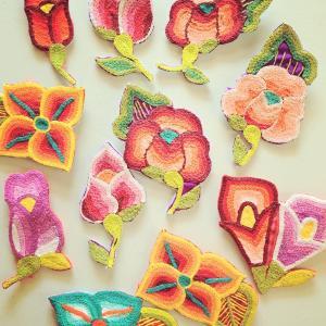メキシコのお花刺繍