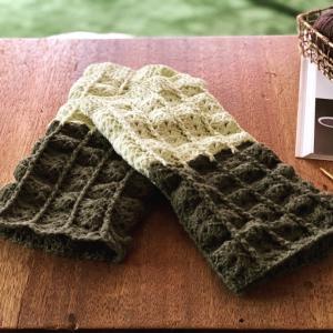 かぎ針編みでレッグウォーマー