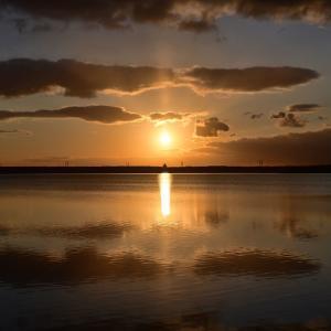 朝日がキレイ ~今週のウトナイ湖 + droboにHDDを増設
