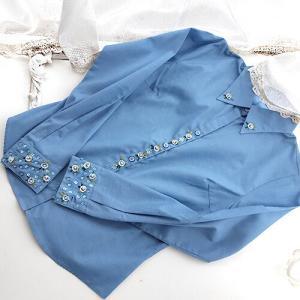 リボン小花とビーズ刺繍