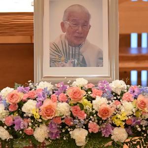 アウグスチヌス池田敏雄神父様の永遠の安息のために祈ります