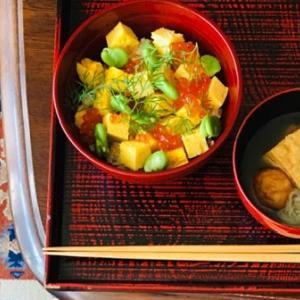 イクラと卵焼きのちらし寿司