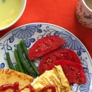 完熟トマトで朝ごはん