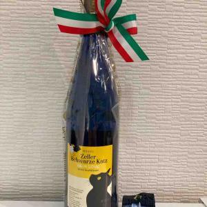 バロン ルード ヴィヒ ツェラー シュヴァル ツェ カッツ ワイン 通称黒猫ワインの白 最高です