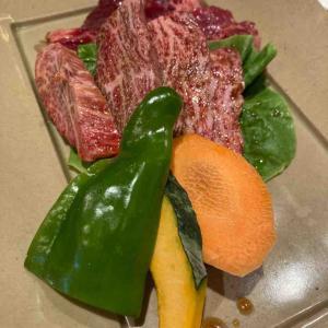 すすきの「トトリ」でひたすら肉を焼く 贅沢ランチ