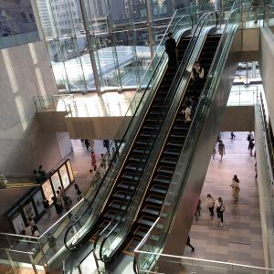 横浜NEWoMan 3階通路  はまロード