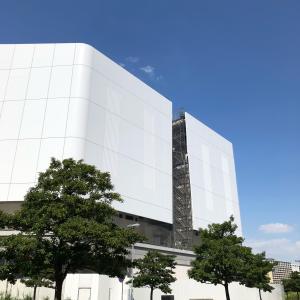 建築中の世界最大級音楽アリーナ みなとみらい