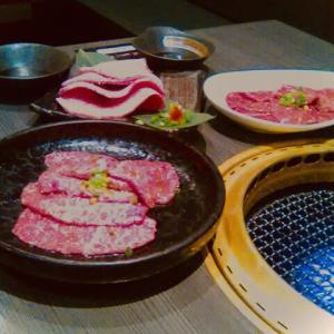 お肉を食べよう(⌒▽⌒)