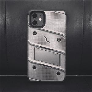 iphone11用ケース【Zizo】