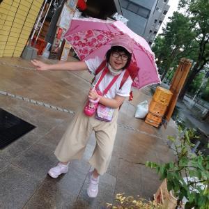 雨の日も頑張って登校しています☆