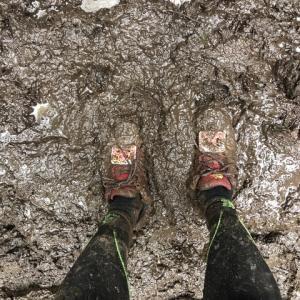泉ヶ岳トレイル:終止雨の史上最高の泥んこ遊び