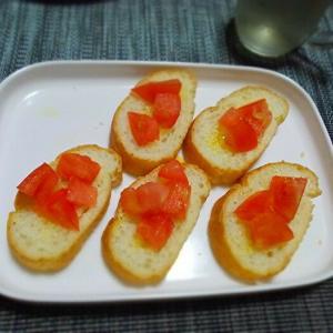 ◆ブルスケッタ、ズッキーニのチーズ焼き、キャベツのスープ