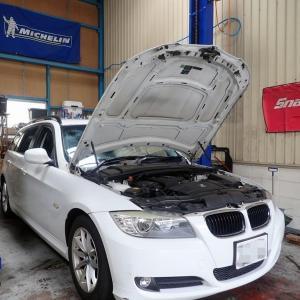 BMW320(E91)の点検整備ぃ~!
