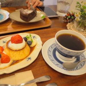 いちごのプリンアラモード:つばめ喫茶室(弘前市)